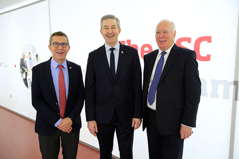 from left to right: C. Leclerq (EHRA President elect 2018-2020), H. Heidbüchel (EHRA President 2018-2020), A.J. Camm (EHRA Past President 2017-2018)